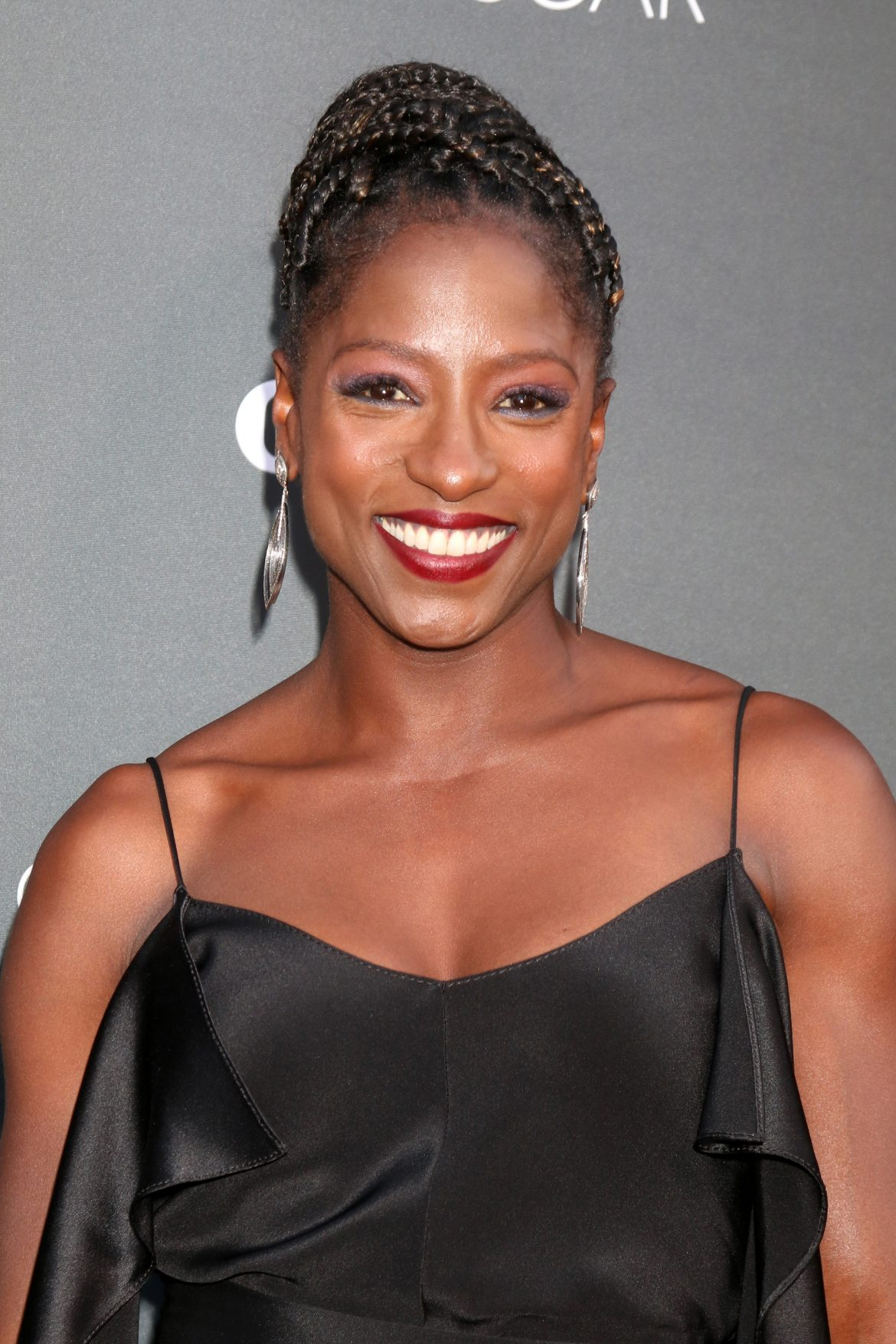 Is Rutina Wesley Still Engaged To Chef Lashonda Cross?